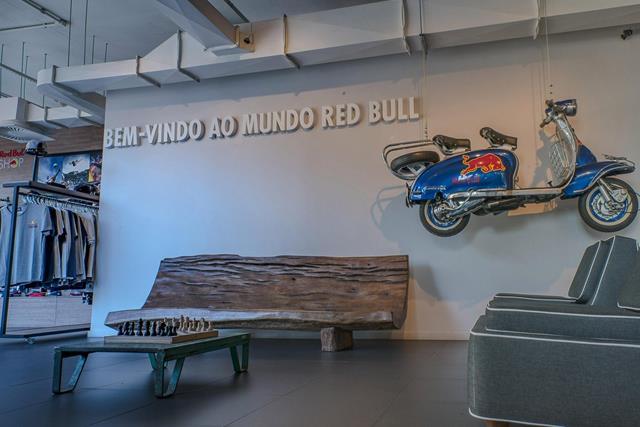 Decoração do escritório da RedBull