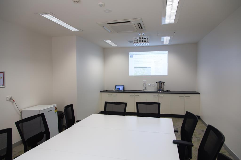 a sala de reunião deve contar com pontos elétricos pensados para uma melhor funcionalidade do ambiente
